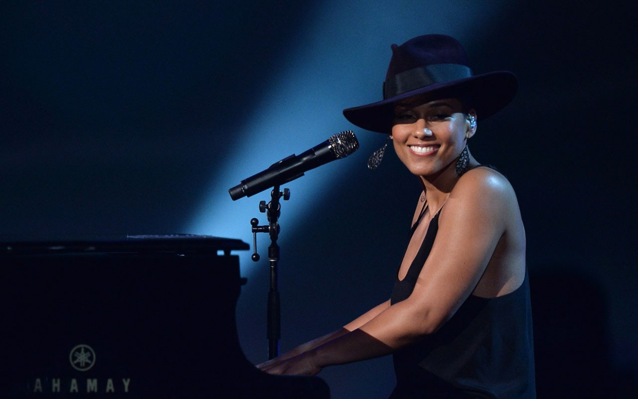 Ebony: Alicia Keys Announces She Is the Music Initiative for Female Advancement